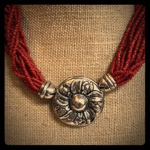 Jewelry - Vintage Silver & Coral necklace 💕💕💕